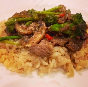 Garlic Pepper Beef Stir Fry with Brown Rice